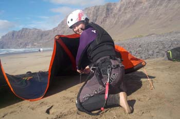 kitesurfing in lanzarote with kite school Lanzarote