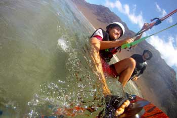 kiteboarding beginners in kite school lanzarote